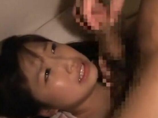 【ロリっ子】痛いよぉと泣き叫ぶ妹を夜這いファックで中出ししちゃう超鬼畜なお兄ちゃん…いや、アカンやろ!